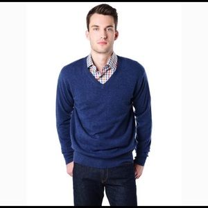 Turnbury   Vneck Wool sweater   M
